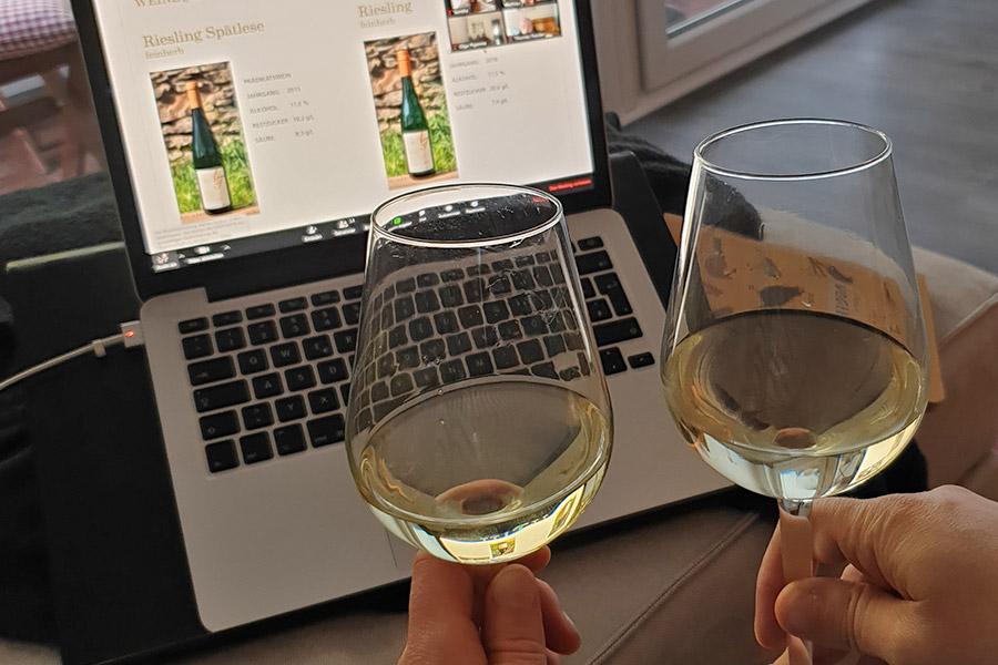 Online-Weinprobe zuhause